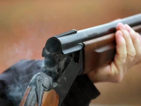 ВПетербурге мужчина открыл стрельбу изружья