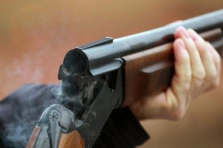 ВЛенобласти мужчина прострелил жене позвоночник наохоте