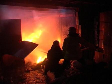 НаСофийской улице вПетербурге обгорели 4 гаража
