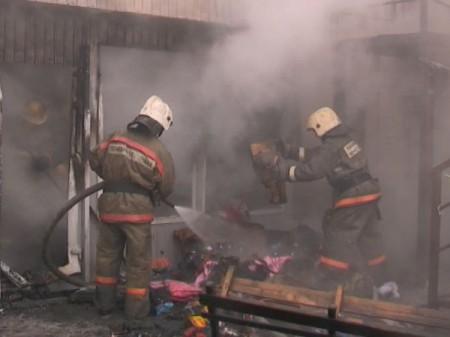 В коммерческом помещении воФрунзенском районе Северной столицы обгорела обстановка