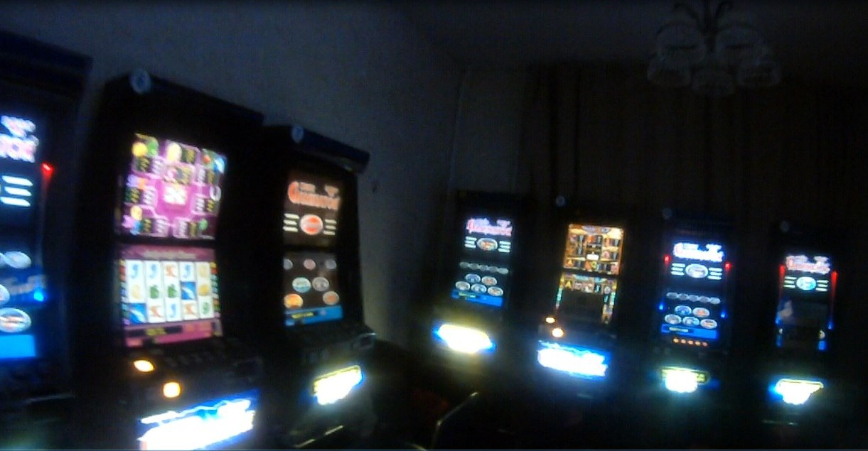 Игровые автоматы на димитрова слоты игровые бесплатно игровые автоматы